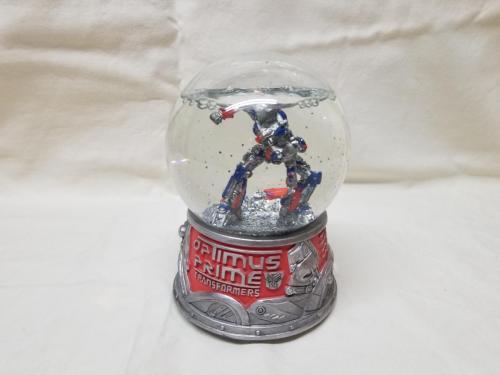 Optimus Prime Snow Globe